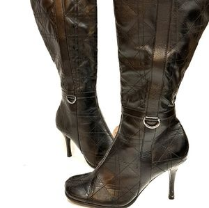 🔴2/$15 Black knee high lined boots